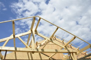 Construction d'une charpente industrielle