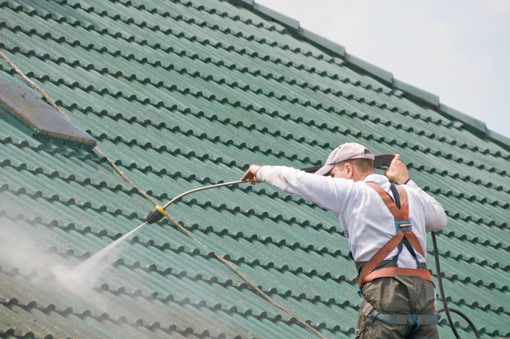 Nettoyage démoussage toiture