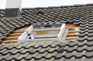 Pose fenêtre toit.
