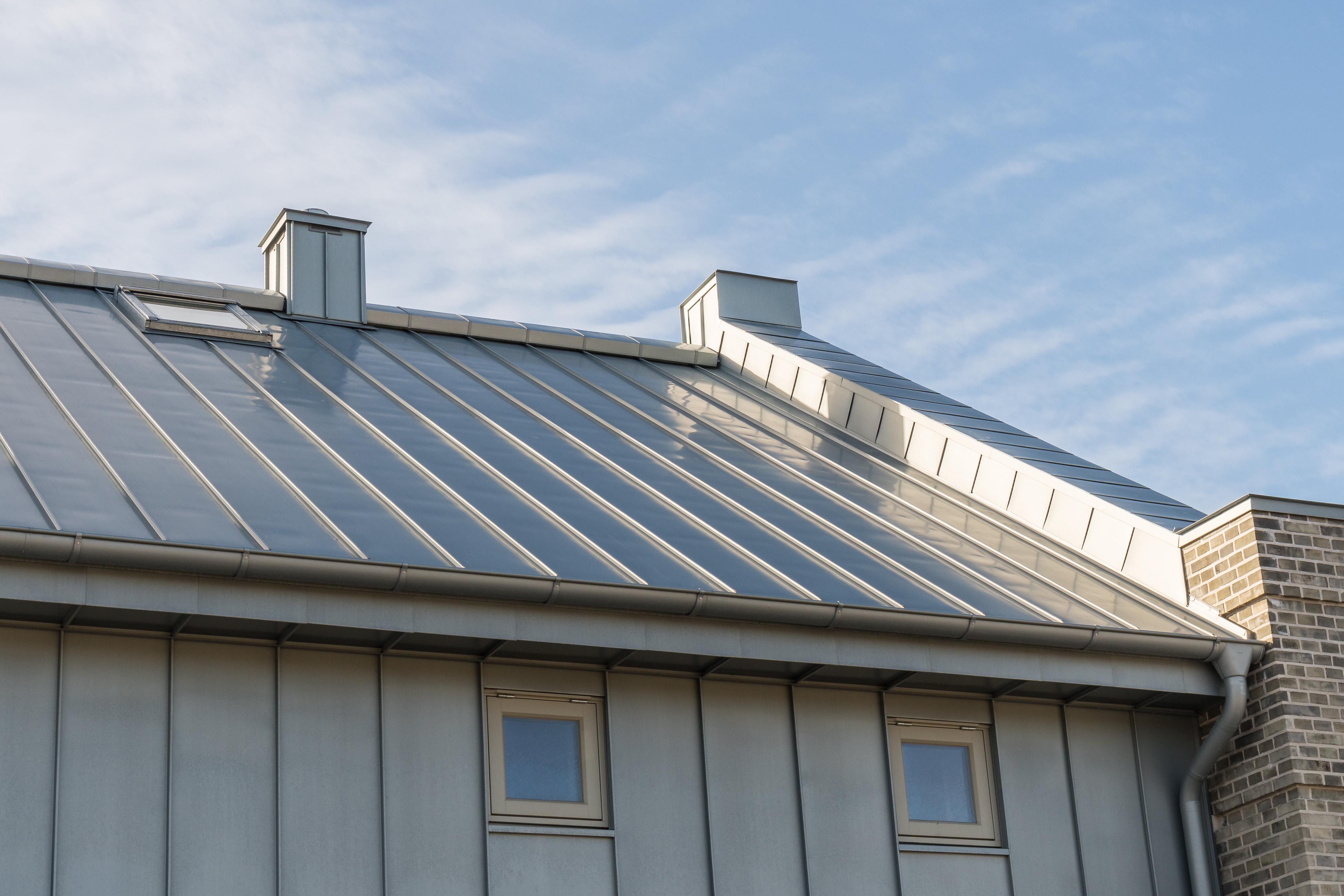 Zinc conseils et devis en r novation de toiture for Prix moyen renovation toiture