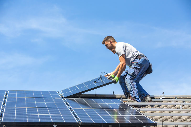 Devis toiture avec panneaux photovoltaïques